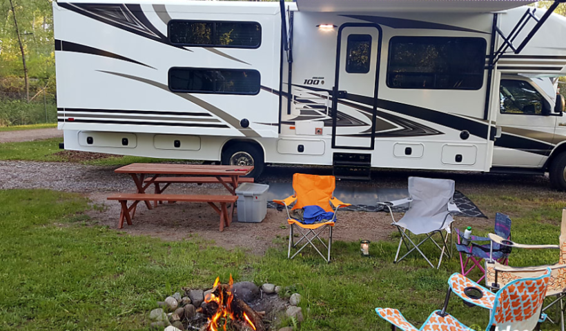 W/Bunks | RV Rentals Center - Recreational Vehicle Rentals
